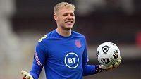 Náhradní brankář Aaron Ramsdale ze Sheffieldu United se připojil k anglické reprezentaci na EURO.