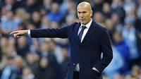 Trenér madridského Bílého baletu Zinédine Zidane.