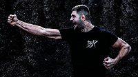 Jiří Procházka se musí připravovat na premiéru v UFC v improvizovaných podmínkách.