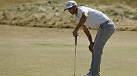 Americký golfista Dustin Johnson na US Open.