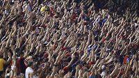 Fotbaloví fanoušci v Jižní Americe - ilustrační foto.