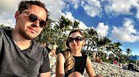 Filip a Gabriela Sajlerovi na dovolené u moře.