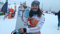 Spokojená Eva Samková po druhém místě v závodě SP v La Molině.