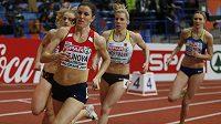 Zuzana Hejnová vyhrála na halovém mistrovství Evropy v Bělehradu druhý rozběh na 400 metrů a postoupila do odpoledního semifinále.
