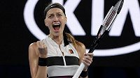 Semifinále Australian Open je doma. Česká tenistka Petra Kvitová slaví vítězství nad Australankou Ashleigh Bartyovou.