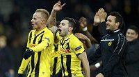 Fotbalisté Young Boys Bern slaví vítězství nad Spartou a postup do jarní vyřazovací fáze Evropské ligy.