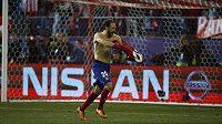Obránce Juanfran poslal Atlético Madrid do čtvrtfinále Ligy mistrů.