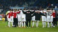 Fotbalisté Freiburgu slaví postup do bundesligy.