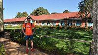 Český reprezentant Jiří Homoláč trénuje v Keni, kde chce nabrat formu, aby splnil olympijský limit na maratón.