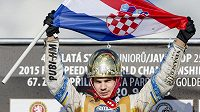 Chorvatský jezdec Jurica Pavlic po triumfu na Zlaté přilbě.