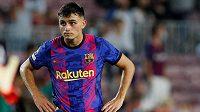 Osmnáctiletý fotbalový záložník Pedri se s Barcelonou domluvil na nové smlouvě.