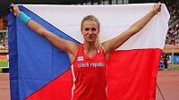 Tyčkařka Amálie Švábíková po svém triumfu na juniorském MS v Tampere.
