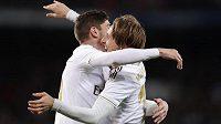 Luka Modrič slaví vstřelený gól během utkání španělské ligy.