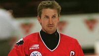 Jako kapitán dovedl Wayne Gretzky výběr Kanady na Světovém poháru v roce 1996 ke stříbru.