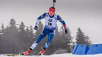 Ondřej Moravec na trati sprintu při SP v Oberhofu.