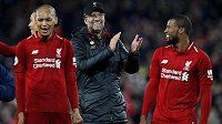 Liverpoolská radost a euforie. Trenérovi fotbalistů Liverpoolu Jürgenu Kloppovi hrozí disciplinární postih za divoké oslavy nedělního vítězství 1:0 v derby proti Evertonu.
