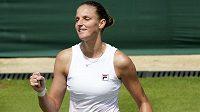 Tenistka Karolína Plíšková je potřetí za sebou v osmifinále Wimbledonu.