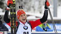 Vítězná Anastasia Kuzminová ze Slovenska po sprintu v Ruhpoldingu.