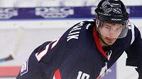 Hokejový útočník Tomáš Kubalík se po devíti letech vrací do extraligy a bude hrát za Jihlavu