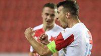 Slávistický kapitán Ondřej Kúdela se raduje z druhého gólu.