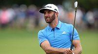 Americký golfista Dustin Johnson.