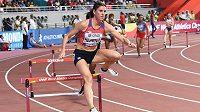 Zuzana Hejnová na mistrovství světa v Dauhá postoupila bez problémů do středečního semifinále běhu na 400 metrů překážek