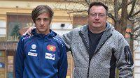 Tomáš Portyk mladší (vlevo) se svým otcem a zároveň trenérem Tomášem Portykem starším.