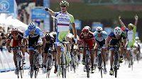 Slovenský cyklista Peter Sagan při vítězném průjezdu cílem první etapy závodu Kolem Kalifornie.