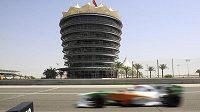 Německý pilot stáje Force India Adrian Sutil během tréninku na VC Bahrajnu