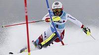 Švýcarka Wendy Holdenerová na trati kombinačního slalomu v Lenzerheide.