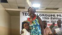 Tegla Loroupeová (vpravo), která měla vést tým uprchlíků na OH v Tokiu, měla pozitivní test na koronavirus.