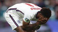 Angličan Marcus Rashford poté, co neuspěl v penaltovém rozstřelu.