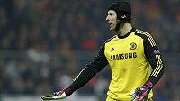 Brankář Chelsea Petr Čech v utkání s Galatasarayem Istanbul.