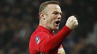 Wayne Rooney oslavuje svůj gól proti Readingu v utkání 3. kola FA Cupu.