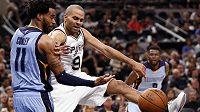 Basketbalisté San Antonia vedou v prvním kole play off NBA nad Memphisem Grizzlies už 2:0 na zápasy.
