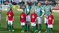 Iniciativu Neberte dětem jejich hru podpořili i hráči Bohemians Praha 1905.