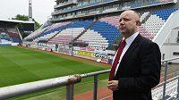 Měsíc před konáním mistrovství Evropy fotbalistů do 21 let v Olomouci slavnostně uvedli do provozu zrekonstruované zázemí Androva stadiónu. Na snímku je předseda Organizačního výboru ME U21 Petr Fousek.