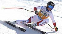Lara Gutová-Behramiová si jede pro triumf ve sjezdu ve Val di Fassa.