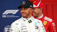 Do nedělní Velké ceny Španělska formule 1 odstartují z první řady vozy Mercedesu. Kvalifikaci vyhrál Lewis Hamilton.
