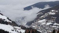 Val Gardena hostí Světový pohár mužů ve sjezdovém lyžování, třetí sjezd sezony však byl zrušen kvůli špatnému počasí.