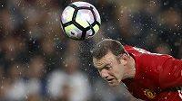 Wayne Rooney bude i nadále anglickým kapitánem.