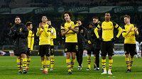 Fotbalisté Dortmundu slaví s fanoušky v Signal Iduna Parku další výhru.