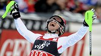 Rakušan Marcel Hirscher se raduje po vítězství v Záhřebu