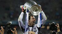 Petr Čech se stal hrdinou finále Ligy mistrů. Od Chelsea teď dostal smlouvu až do roku 2016