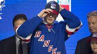 Finský supertalent Kaapo Kakko, jehož si v letošním draftu NHL vybrali jako celkově druhého v pořadí NY Rangers.