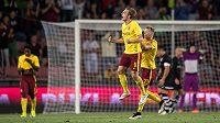 Bořek Dočkal ze Sparty oslavuje svůj druhý gól v zápase 4. předkola Evropské ligy proti Thunu.