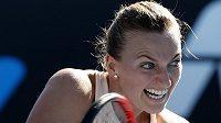 Česká tenistka Petra Kvitová při svém návratu na grandslamové Australian Open prohrála v 1. kole bitvu s Němkou Andreou Petkovicovou 3:6, 6:4 a 8:10.