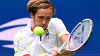Daniil Medveděv během finále US Open s Rafaelem Nadalem