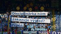 Fanoušci Liberce se dožadují vysvětlení, proč nemohou na zápas se Slavií.