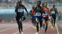 Keňan Timothy Cheruiyot ve finiši závodu na 1500 metrů udolal Samuela Teferu z Etiopie.